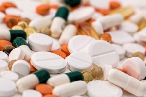 Gairebé dos de cada 10 medicaments receptats no van a recollir-se a la farmàcia