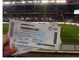 Usuaris i professionals del Parc Sanitari gaudeixen del RCD Espanyol – Rayo Vallecano