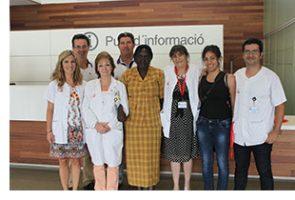 La Sra. Beatrice Bengali, Cap d'Estudis de l'Escola d'Infermeria de Mabessench, visita el Parc Sanitari